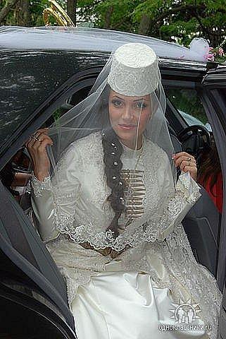 платье на свадьбу простое фото