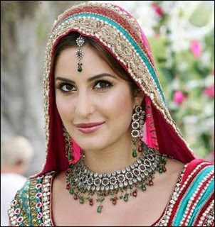 Katrina Kaif famous bollywood actress.She wore this jewellery in her ...
