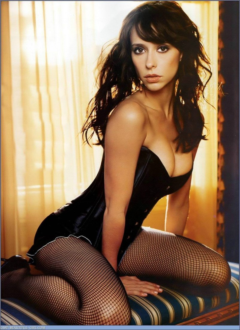 Jennifer Love Hewitt really sexy