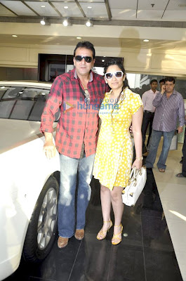 Sanjay Dutt gifts Manyata, Celebrity Gossip