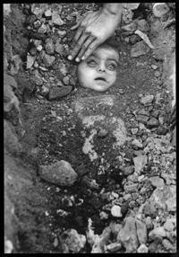 essay on gas tragedy of bhopal