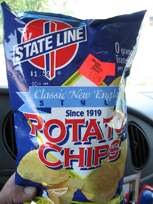 State Line Potato Chips I Dont Recall Seeing These Guys In Years I Thought They Had Gone Out Of Business Actually I Have An Affinity For That Red And