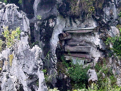 Sagada Hanging Coffins picture 2