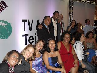 Educadores da TV AT, Pola Ribeiro - Diretor do IRDEB - e Ana Claudia Cavalcante - Coordenadora da TV Anísio Teixeira.