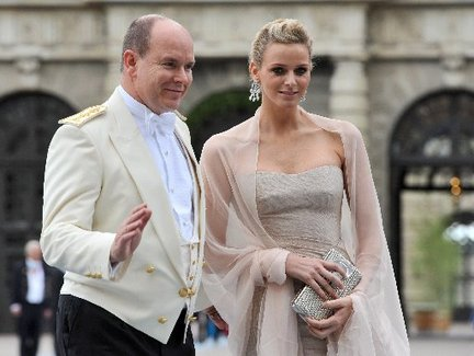 prince albert divorced singles personals The divorce would not be final until 1969, following a child custody battle won by   prince charles, who at the time was dating her older sister sarah  15, 1984:  the couple's second son, prince henry charles albert david,.