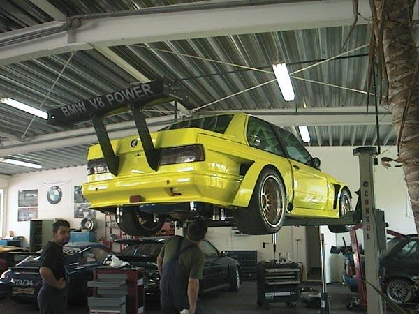 BMW E30 V8 TURBO BMW E30 Tuning