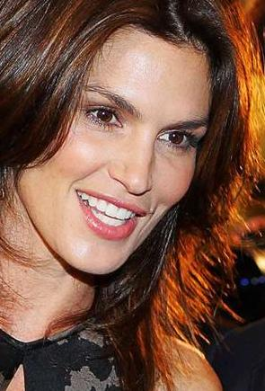 Cindy Crawford Questions photo