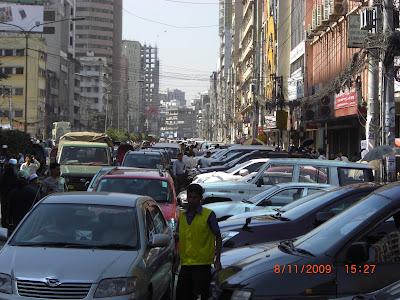 "Calcutta's on-street parking ""extortion rackets"""