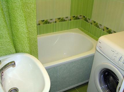 carrelage salle de bain de couleur saint paul hyeres saint nazaire prix renovation m2. Black Bedroom Furniture Sets. Home Design Ideas