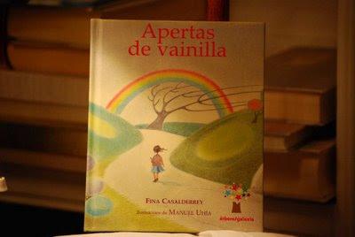 portada libro Apertas de Vainilla, de Fina Casalderrey