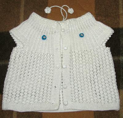 beyaz renkli bebek yelek+modelleri %25C3%25B6rnekleri 2013  Bebek Yelekleri Modelleri, El Örgüsü Bebek Modası