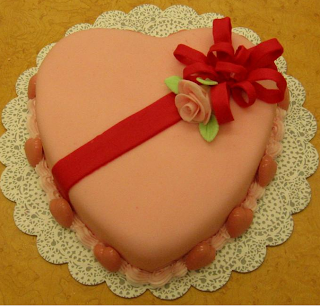 Cheap Valentine Cake Ideas