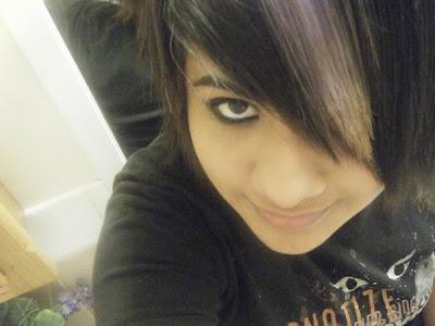 emo hair style