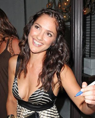 celebrity Minka Kelly new haircuts 2009
