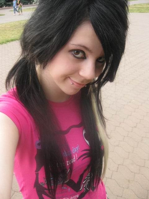 Sweet Girl Emo Hairstyles