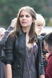 The Lucky Log From The Oc To Gossip Girl Willa Holland
