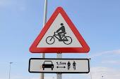 Respetemos al ciclista