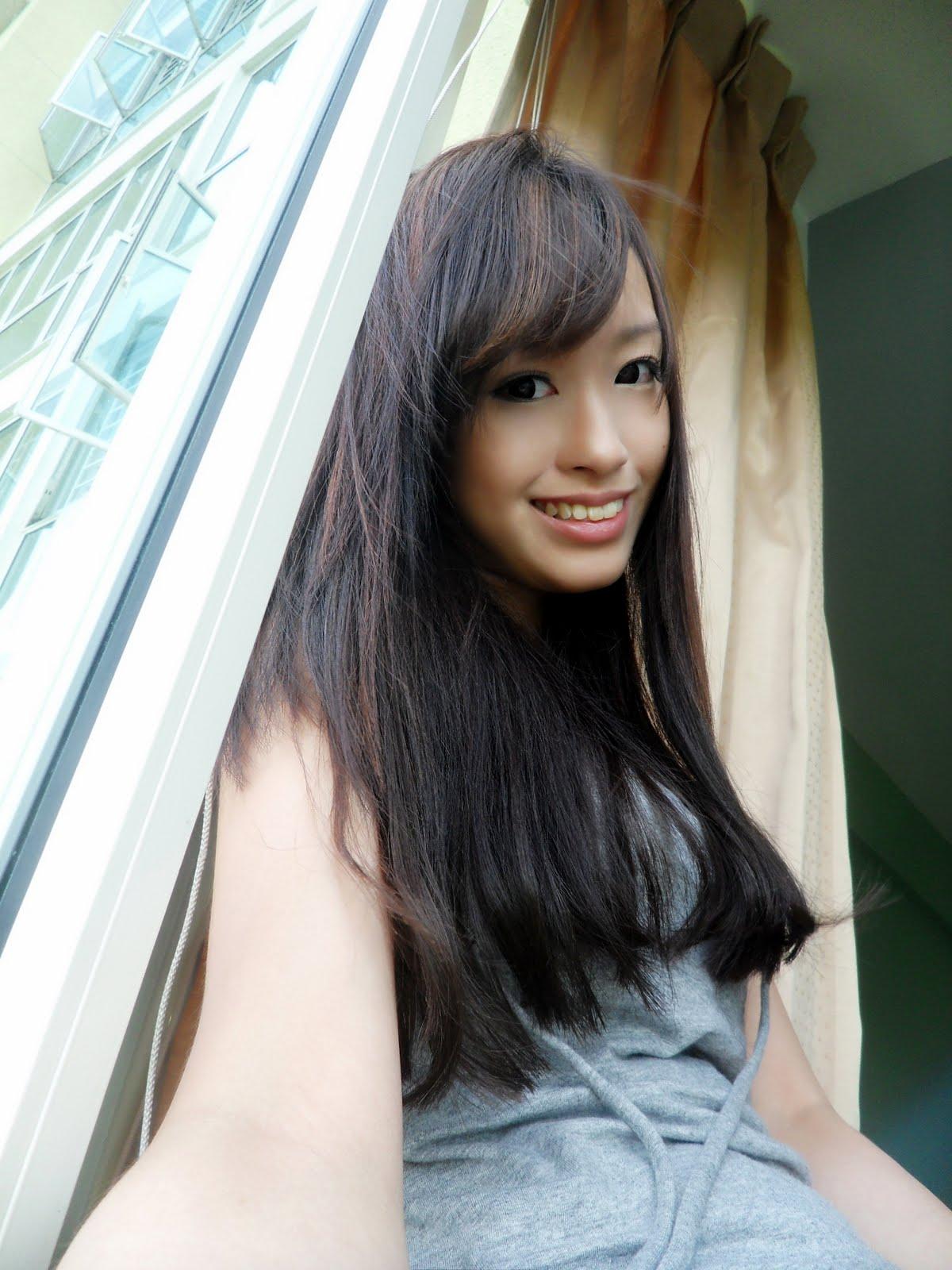 Pretty Singapore Girls