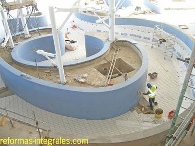 Construcci n de piscinas construcci n de piscinas de hormig n barcelona reformas integrales - Construccion piscinas barcelona ...