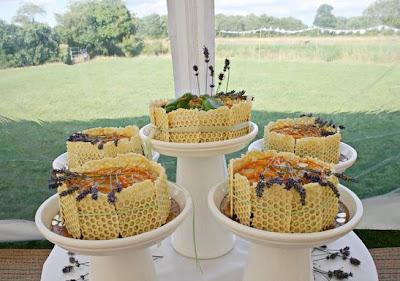 Wedding Cakes on Please Sir  Unique Wedding Cake