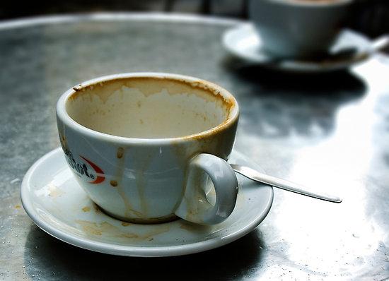 http://1.bp.blogspot.com/_9b42jOIBIs8/TMOYoDBkEJI/AAAAAAAAATk/7s-a7Bcx4C4/s1600/work.2858013.2.flat,550x550,075,f.empty-coffee-cup.jpg