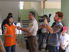 La Laila parlant amb la tv palestina