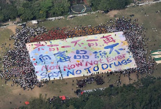 giant anti drug finger painting in hong kong set world record