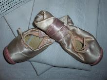 Mina gamla balettskor..
