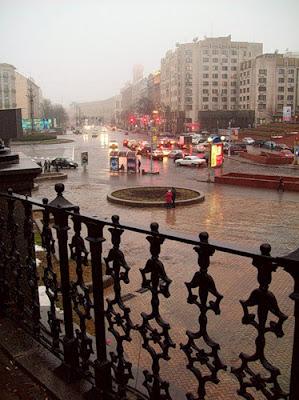 Дождь на Европейской площади