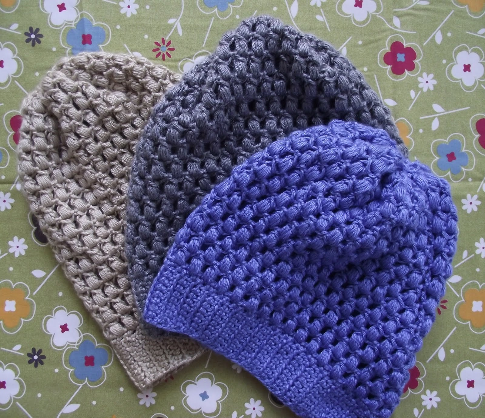Knit 1 for the Road, a book, a blog, a lifestyle.: Cappie Galore!