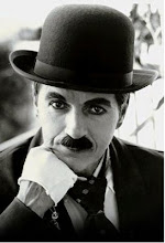 <strong>Charles Chaplin</strong>