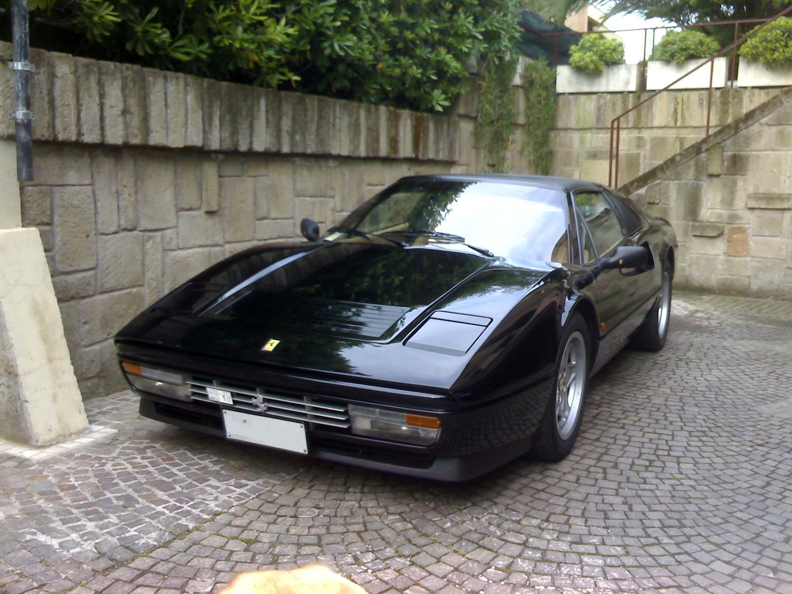 Auto da collezione: FERRARI 208 GTS TURBO INTERCOOLER