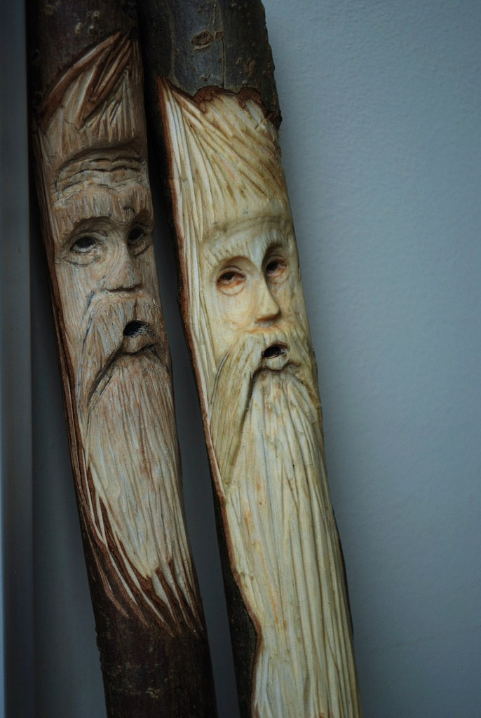 PDF DIY Carving Wood Spirits Download country table plans ...