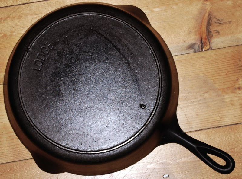 dating a lodge skillet Use the lodge cast iron skillet to fry up perfect over-easy eggs, sear a couple of steaks, blacken some fish, and more.
