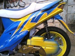 YAMAHA MIO LOW RIDER AIR BRUSH MODIFY