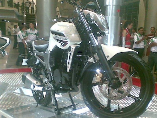 [New+Yamaha+Byson+2010.jpg]
