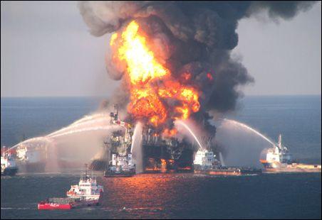 http://1.bp.blogspot.com/_9iFGFB8tq_k/TAQ0lfMN19I/AAAAAAAAACs/sBZaFTE0keA/s1600/mp_main_wide_DeepwaterHorizon452.jpg