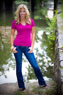 Sara Walsh Sexy Leg Cross | ESPN - YouTube