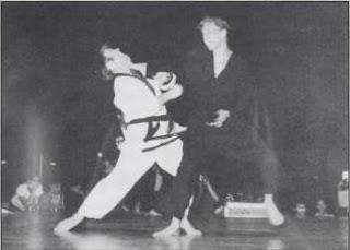 Chuck Norris vs Skipper Mullins Taekwondo