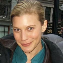 katee sackhoff cleavage