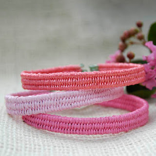 Beach bracelets in pink
