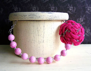 beaded chain rose necklace