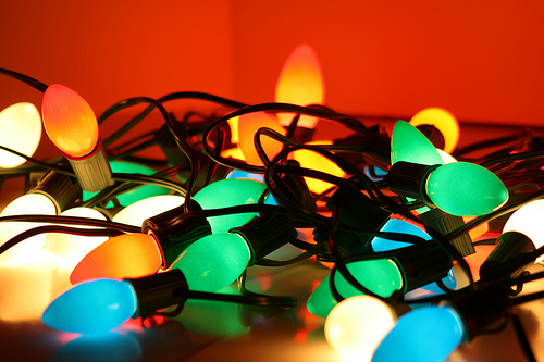 String Of Lights Do Not Work : Christmas lights: small vs. large bulbs - Other Topics Forum - Discuss Pop Culture, Arts and ...