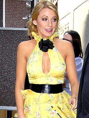 blake lively hairstyles gossip girl. lake lively dress in gossip