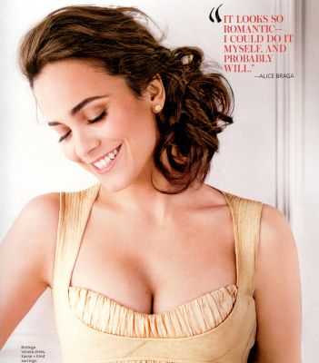 normal 90855 alice braga4 is aug08 122 10lo Soon, the princess gets aroused by the lust in our eyes and starts touching ...