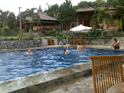 SWIMING POOL 2