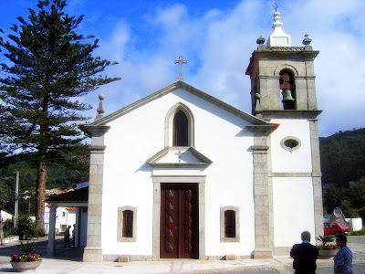 Capela de Nossa Senhora de ao Pé da Cruz