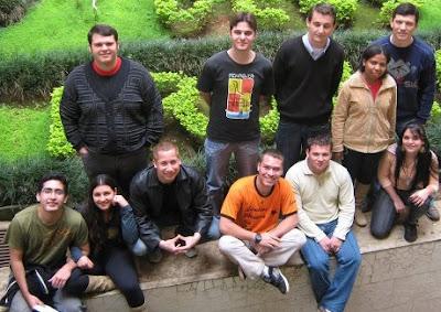 Jovens Portugueses em Missão no Brasil