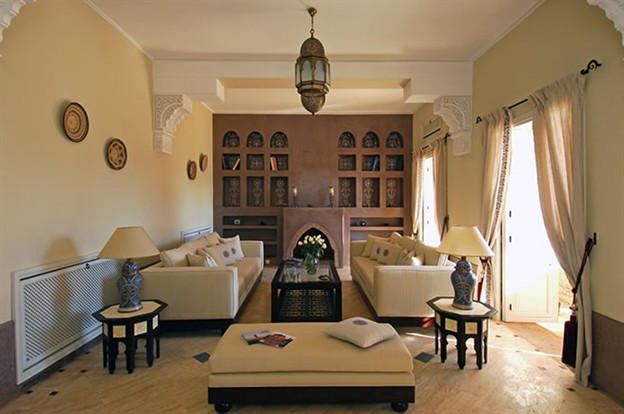 http://1.bp.blogspot.com/_9un7KeidCik/TEC5FiT8DoI/AAAAAAAAAlw/02nkajlaveI/s1600/moroccan+furniture_moorish_home_decor_624x414.jpg