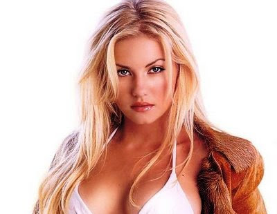 Elisha Ann Cuthbert was born in Calgary, Alberta, Canada, on November 30,